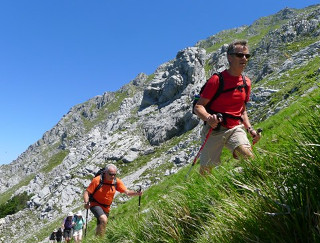 Towards Hannibal's Camp | Col di Lavacchio walking holidays
