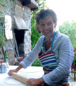 pizza making tuscany italy