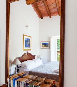 bed 3 Fattoria Tuscany Italy