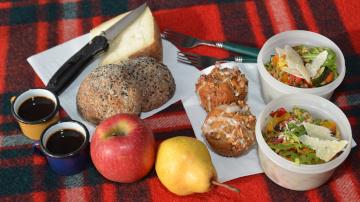 gourmet hikers picnic wild tuscany italy