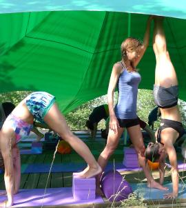 Yoga class Col di Lavacchio Tuscany Italy